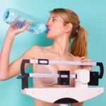 Приема на литър вода дневно гарантира бързото отслабване!