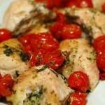 Рецепта за шампиони: Пилешки гърди с чери домати