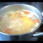 Диетична супа от моркови, тиквички и сирене чедър