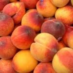 Диетично сладко от праскови и бадеми