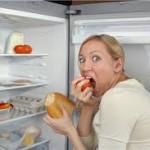 Как да се справим с нощното хранене