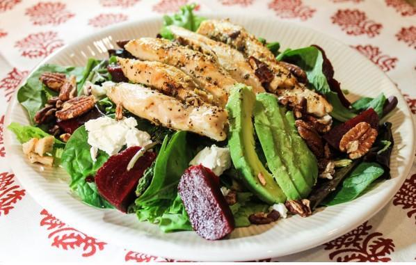 salata-pileshko-spanak