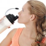 Колко протеинов шейк да пием дневно, за да отслабнем?