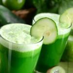 Пречистваща напитка от краставица, ябълка и цитруси