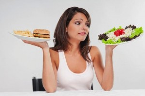 Защо ядем малко, а все напълняваме?