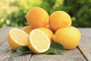 Плюсове и минуси на диетата с лимон