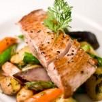 Риба тон с ароматни подправки и балсамико