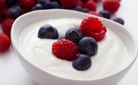 kiselo-mlqko-plodove