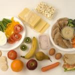 Какво и по колко да включим в дневното меню на диетата за отслабване