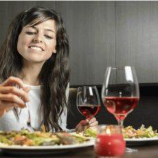 Каква трябва да бъде вечерята за отслабване? Виж примерно меню тук: