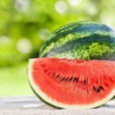 5- дневна диета с Диня и Кисело Мляко за Отслабване в лятната жега! Виж менюто: